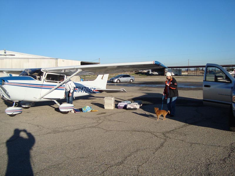 004-LoadingPlane_Fresno_20101231.jpg